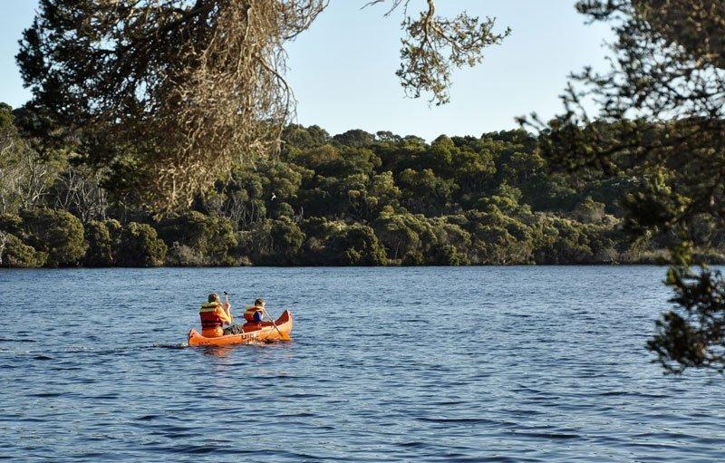 Riverside-Retreat-Walpole-Chalets-Canoeing_Frankland-1