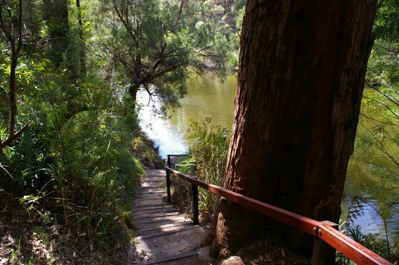 Riverside-Retreat-Walpole-Chalets-Monastery-Landing